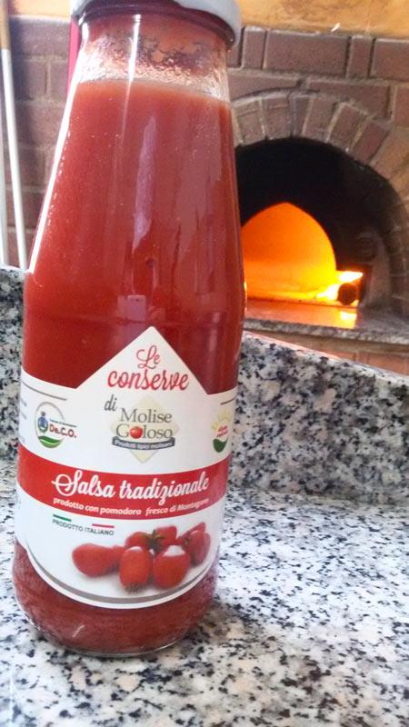 Utilizziamo solo salsa Bio per i nostri prodotti !